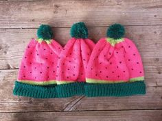 http://sosuperawesome.com/post/149961496000/sosuperawesome-beanies-by-yobananaboy-on