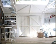 Looking for pics of a multipurpose garage (storage, game room, summer room...) http://willowdecor.blogspot.com/