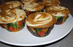 Pumpkin Cream Cupcakes -- Great for Thanksgiving Desert