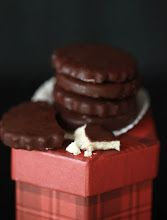 Small Measures: Homemade Chocolate Mint Patties | Design*Sponge