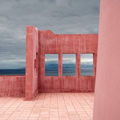 Pink Wall by Julio López Saguar, via Flickr