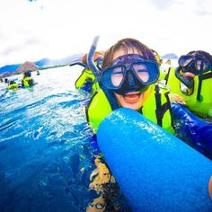 【yoshimu773】さんのInstagramをピンしています。 《なんの瞬間かわからないけど… 私とっても嬉しそうw イルカ大学に入学❤️ イルカ先生荷物会いたかったけど…私はカメ大先生荷物会いたくて💖💖 …あああ😫💦 楽しいことはあっという間。。 帰りたくない😭 * * * #ハワイ #ハワイ島 #Hawaii #シュノーケリング #schnorcheling #海 #sea #青 #blue #空 #sky #楽しい #fun #顔面崩壊 #楽しすぎる #イルカ大学  #gopro #goprogirl #ゴープロのある生活 #ゴープロ #goprojp #genic_mag》
