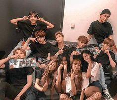 Taehyung, Blackpink And Bts, Second Best, Kpop, Blackpink Jennie, Foto Bts, Wattpad, Yg Entertainment, Bts Boys