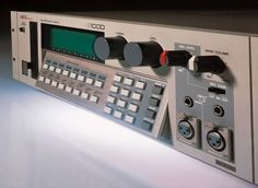 Akai S-1000 sampler...I used to use this along with the Boss DR-5 to sequence. Basically an upgraded s-950.