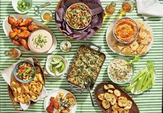 Nashville Hot Chicken Dip Mardi Gras Appetizers, Easter Appetizers, Appetizers For A Crowd, Thanksgiving Appetizers, Bacon Appetizers, Holiday Appetizers, Party Appetizers, Creamy Crab Dip Recipe, Crab Dip Recipes