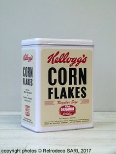 Boîte métal blanc Corn Flakes Kellogg's MM, déco vintage Nostalgic Art, Corn Flakes, Coffee Cans, Decoration, The Originals, Style, Vintage Decor, Home Decoration, White People