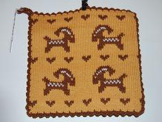 Ingegerds grytlappar - vittingebrodyr Potholders, Kitchen Stuff, Aprons, Christmas Diy, Knitting Patterns, Presents, Textiles, Rugs, Crochet