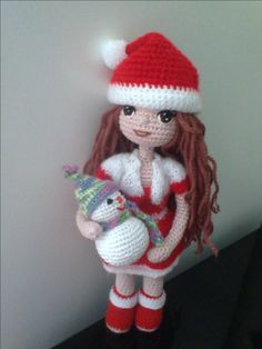 Christmas Gifts, Christmas Ornaments, Amigurumi Doll, Fabric Dolls, Hobbies And Crafts, Crochet Hats, Crochet Ideas, Art Dolls, Gifts For Kids