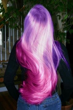 Lavender lilac pastel purple ombré hair into pink magenta hair