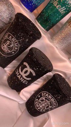 Bedazzled Bottle, Bling Bottles, Glitter Wine Bottles, Alcohol Bottle Crafts, Mini Alcohol Bottles, Water Bottle Crafts, Water Bottles, Custom Starbucks Cup, Starbucks Tumbler