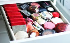 The Black Pearl Blog - UK beauty, fashion and lifestyle blog: My makeup storage