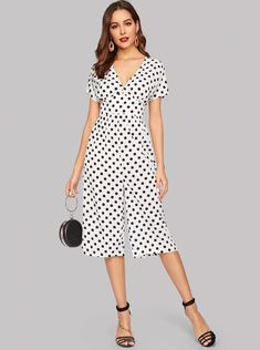 To find out about the Dot Print Wide Leg Jumpsuit at SHEIN, part of our latest Jumpsuits ready to shop online today! Jumpsuit Outfit, Jumpsuit Style, Bridal Jumpsuit, Jumpsuit Pattern, Jumpsuits For Women, Fashion News, Wide Leg, Short Sleeve Dresses, Legs