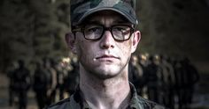 Oliver Stone's 'Snowden' Trailer Starring Joseph Gordon-Levitt -- Joseph Gordon-Levitt stars as whistleblower Edward Snowden, who fled to Russia after leaking confidential documents in the biopic 'Snowden'. -- http://movieweb.com/snowden-movie-trailer-oliver-stone/