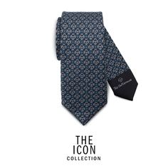 The Gentleman Driver is the icon of his time and of all time and requires an equally iconic style to represent him. A creative packaging with a driving essence allows each product to be the most exclusive gift for every occasion. Color: pigeon blue/grey Fabric: 100% twill silk, 18 momi  Width: 7 cm  MADE IN ITALY  ID: TIC301