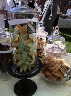 starfish cookies for a beach wedding