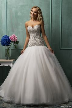 amelia sposa wedding dresses 2014, now only if the bottom wasn't puffy omg!
