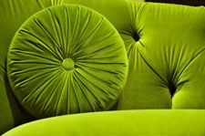 I love this color. It reminds me of the green velvet couch I saw in a shop window last year - the couch that got away!