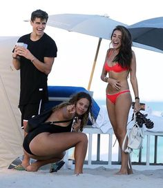 Madison Beer and Jack Gilinsky at the beach in Miami, yesterday! (December 28th, 2016) #Madisonbeer