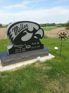 Iowa Hawkeye Headstone....  AWESOME http://www.clintonherald.com/obituaries/x500779957/Maurice-Irving-Miller-Jr