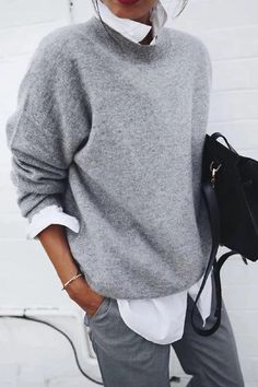 If you're looking for a casual wear, round neck sweater look no further than this! Our casual sweater will add an instant style upgrade to your closet. Pullover Shirt, Sweater Shirt, Sweatshirt Outfit, Loose Sweater, Long Sleeve Sweater, Casual Sweaters, Casual Shirts, Women's Sweaters, Pull Gris