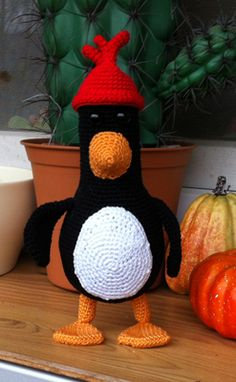 """Feathers McGraw Crochet Free Pattern (PDF): """"Have you seen this chicken?"""" :) (From Wallace & Gromit.)"""