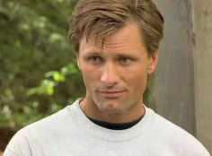 Viggo Mortensen in 28 Days Viggo Mortensen, Great Love Stories, Love Story, Don Johnson, Celebrity Crush, Celebrity Pix, Renaissance Men, Lotr, Movie Quotes