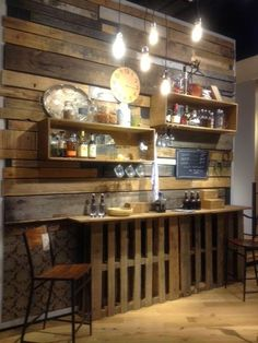A Little Bit of This, That, and Everything: Pallet Project - Pallet Bar