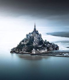 My advice if you visit France, you need to go in the Mont-Saint-Michel. This is an amazing… Mont Saint Michel France, Le Mont St Michel, The Mont, Adventure Photos, France Photos, Visit France, Beautiful Sites, Beautiful Places, Landscape Wallpaper
