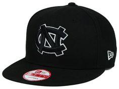 North Carolina Tar Heels New Era NCAA Black White Fashion 9FIFTY Snapback  Cap  b4b99f0798e3