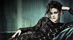 "High Fashion Goth - The ""Twilight"" starlet Kristen Stewart gets edgy in the latest issue of Vogue Italia. Kristen Stewart donned black lace and elegant designs Poses, Kristen Stewart Pictures, Vogue Photoshoot, Photoshoot Ideas, Kirsten Stewart, Get Glam, Dressing, Portraits, Michelangelo"