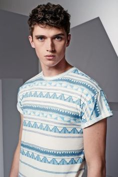 Next connects with British model Matthew Holt to show a lineup of fun, contemporary t-shirts. Hitting the studio, Matthew sports graphic t-shirts that tackle… Tribal Prints, Striped Tee, Look Cool, Fashion Online, Mens Fashion, Tees, Holy Night, Model, Mens Tops