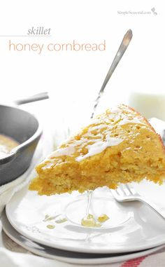Skillet Honey Cornbread - warm and sweet cornbread is the perfect accompaniment to a hot bowl of chili.