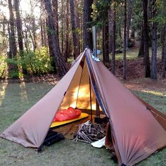 Exteriors Make Your Great Outdoors Greater Bushcraft Camping, Camping Tarp, Camping Survival, Camping Hacks, Outdoor Camping, Outdoor Gear, Must Have Camping Gear, Motorcycle Camping, Winter Camping