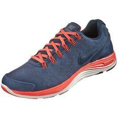 Blaue #Laufschuhe von #Nike, total angesagt und super bequem! ab 89,95€ Hier kaufen: http://www.stylefru.it/s989339 #sneaker