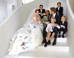Angelina Jolie and Brad Pitt share their wedding pictures Brad And Angelina, Brad Pitt And Angelina Jolie, Jolie Pitt, Shiloh Jolie, Celebrity Wedding Dresses, Celebrity Weddings, Wedding Gowns, Wedding Day, Oscar Fashion