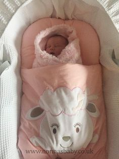 """Baby Elsie is pretty in pink! The gorgeous little lady looks so cute and cosy in her Cotton Candy Nap Mat. Thanks to mummy Gemma who commented """"My friends brought me this for her and must say its the best thing she loves it"""". Nonna is delighted to hear that! :-) • Find out more about Nap Mats: https://nonnasbaby.co.uk/baby-nap-mats/"""