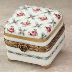Limoges early spring roses box