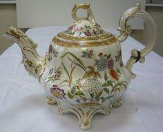 victorian decorative teapot date stamped on base (dartford217).