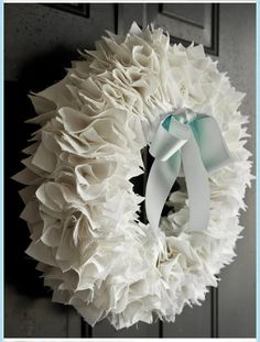 She's {kinda} Crafty: A {Fabric} Wreath!