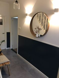 Hall - Check in at bir - Uit de Binnenkijken App - Decoration Hallway Inspiration, Interior Inspiration, Home Room Design, House Design, Hallway Colours, Flur Design, Hallway Designs, Hallway Decorating, Interior Architecture