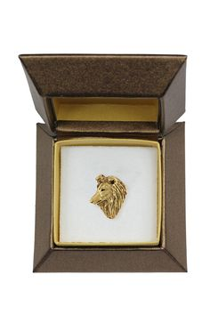 French Bulldog dog pin badge brooch millesimal fineness 999 in casket box ArtDog -- You can get additional details at the image link. (This is an affiliate link) Cocker Spaniel Dog, Labrador Retriever Dog, Staffordshire Bull Terrier, Bull Terrier Dog, American Staffordshire, Schnauzer, Italian Mastiff Dog, British Mastiff, Irish Wolfhound Dogs
