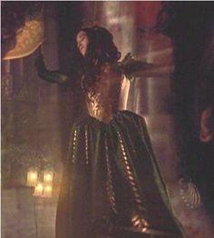 Bram Stoker's Dracula - 1992 - Winona Ryder as Mina Murray / Elisabeta. designer: Eiko Ishioka