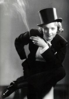 """As my Innovators of Timeless Style series continues, today's entry is dedicated to Marlene Dietrich. Marlene Dietrich on Fashion: """"I dress for the image. Old Hollywood, Hollywood Glamour, Classic Hollywood, Hollywood Photo, Estilo Tomboy, Tomboy Stil, Grace Kelly Films, Marlene Dietrich Hose, Baggy Jeans Damen"""