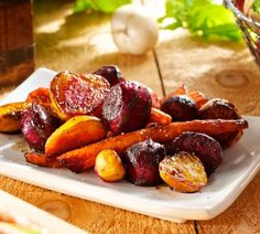 Recipe for Roasted Beets, Carrots, and Turnips with Balsamic Vinegar. What do you do with turnips? Roasting can bring out a unique flavor when combined with carrots and beets. It& great as a side dish for any dinner. Turnip Recipes, Radish Recipes, Roast Recipes, Vegetable Recipes, Cooking Recipes, Whole30 Recipes, Vegetarian Recipes, Fun Recipes, Healthy Recipes