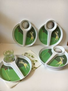 Vintage Plastic Plates Golf Design Picnic Plates 3 sectioned & Vintage Set 8 Plastic Picnic Plate Holders Sunburst Design Sunny ...