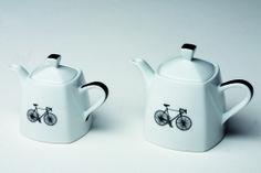 """""""Italia in bici"""": teiere in porcellana"""