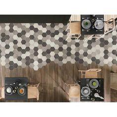 Carrelage hexagonal et parquet