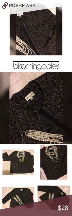 Bloomingdales Blazer Bloomingdales Blazer inspired by Channel 🌹 add Pearls and look amazing- Classic look Bloomingdale's Jackets & Coats Blazers