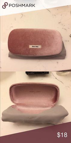 f81c1edf62f0 Miu Miu Sunglasses Case Light pink velvet sunglasses case with cleaning  cloth Miu Miu Accessories