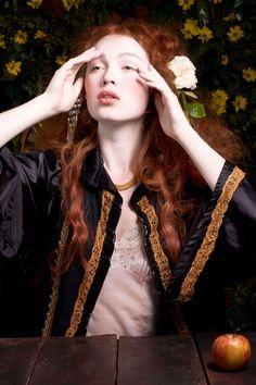 La Femme Fleur — Rossetti Series - Donna Lee Stevens